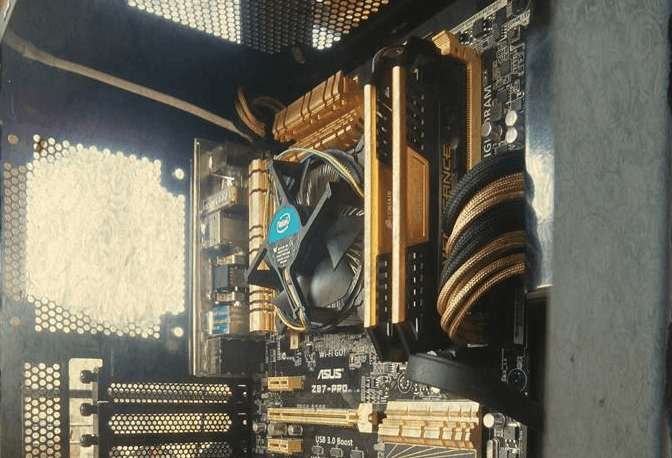 Liquid Gold - Rig of the Month, September 2015 05