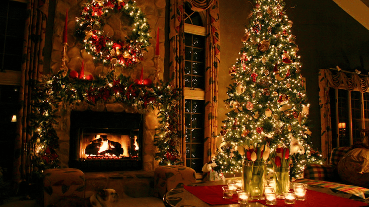 The Best Christmas Wallpapers for PC Smartphone Tablet 1